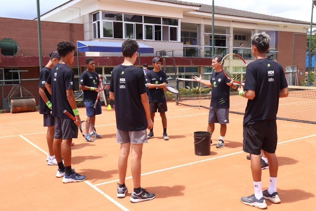 Carlos Omaki Tenis Competitivo- Instituto Primeiro Serviço
